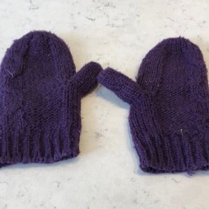 Youth knit winter mittens